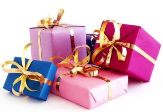 Vous aimez les cadeaux ? Vous aimerez les Daubasses !