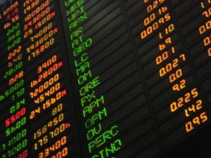 investir dans des holdings cotés en bourse
